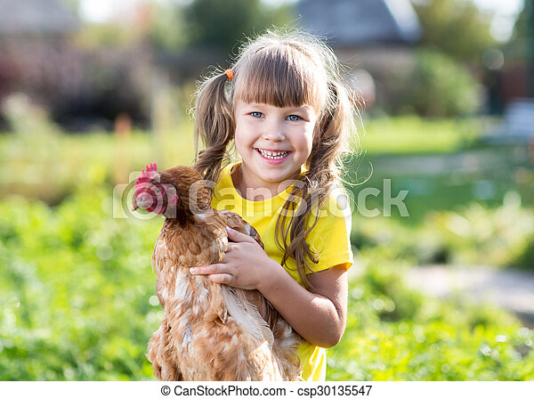 devant, peu, yard, poule, girl - csp30135547