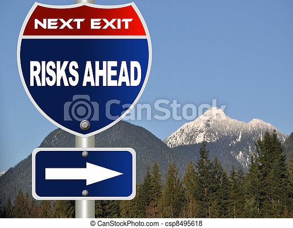 devant, risques, panneaux signalisations - csp8495618