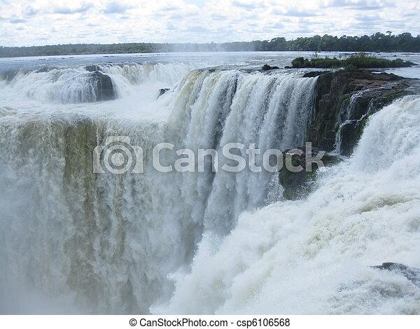Devils throat in Iguazu Falls - csp6106568