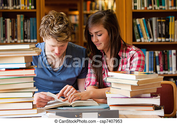 diákok, látszó, könyv, súlyos - csp7407953