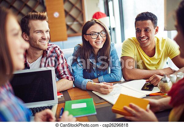 diákok, mosolygós - csp26296818