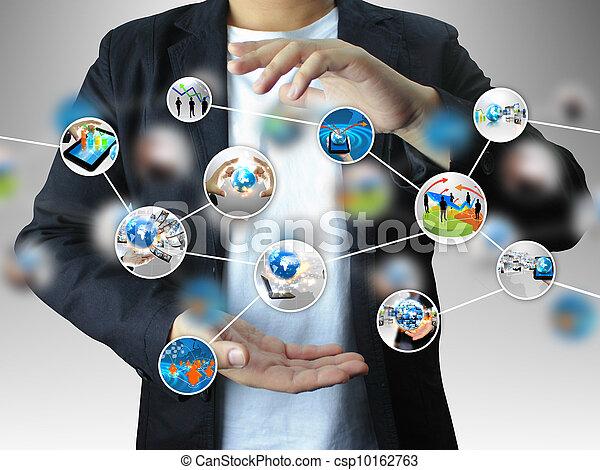Hand hält ein Geschäftsdiagramm - csp10162763