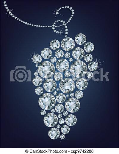 La uva salvaje hizo un montón de diamantes - csp9742288