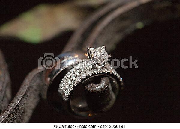 Diamond wedding ring - csp12050191