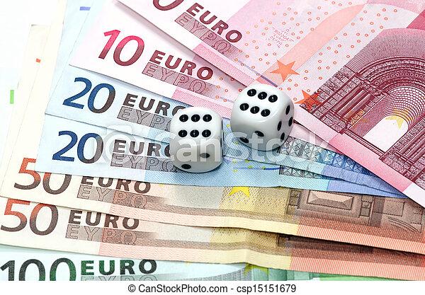 Dice on money - csp15151679
