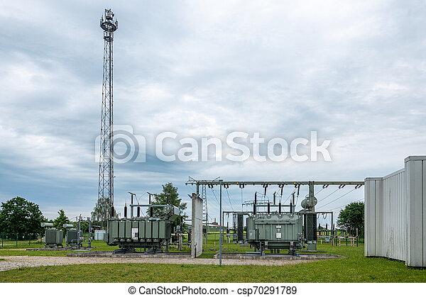 dient, graus, eines, energieversorgungsunternehmens, der, versorgungsnetzes, teil, ist, verbindung, elektrischen, unterschiedlicher, und, umspannwerk, spannungsebenen, ein - csp70291789