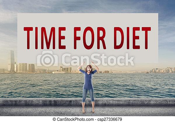 Hora de la dieta - csp27336679