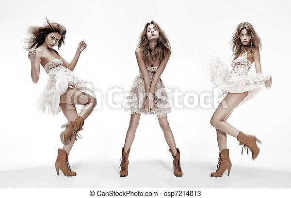 diferente, moda, imagen, triple, modelo, posturas - csp7214813