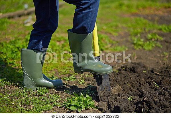 Digging - csp21232722