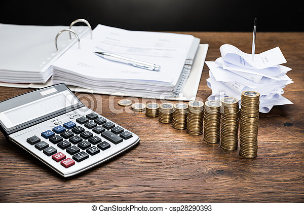 dinero, calculadora, recibos - csp28290393