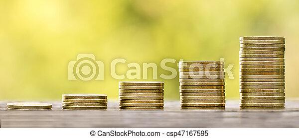 El dinero está creciendo - csp47167595