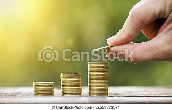 El dinero crece - csp53373571