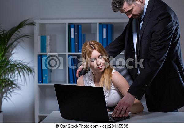 Flirten met de baas