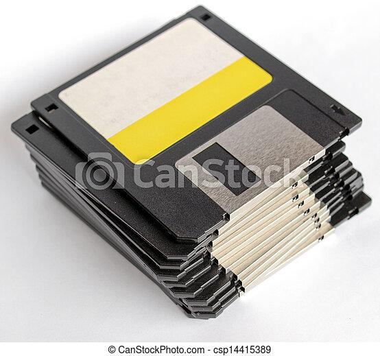 Un disquete - csp14415389