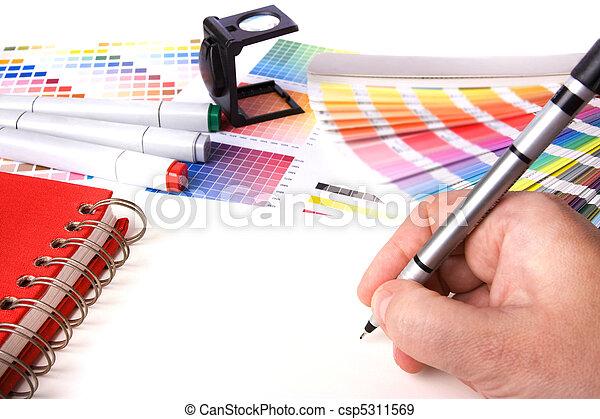 Escritorio de diseñador gráfico - csp5311569