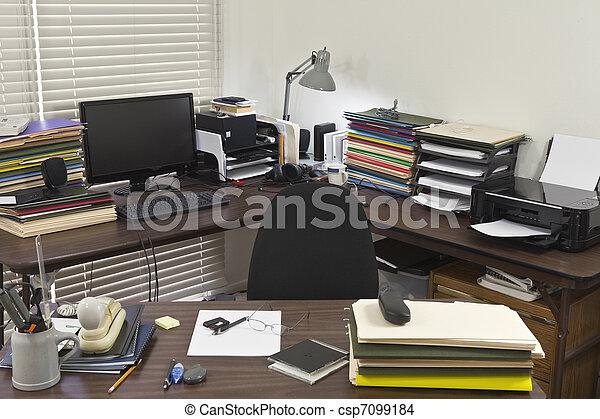 Disordine In Ufficio.Disordinato Ufficio Angolo