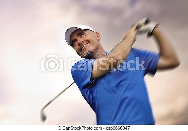 disparando, golfista, pelota de golf - csp6666047