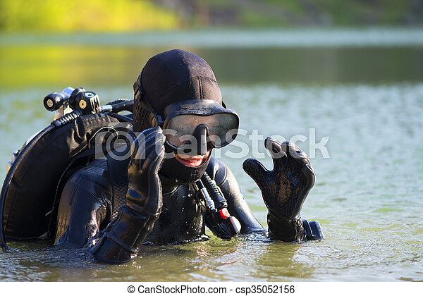 diver woman in the water - csp35052156