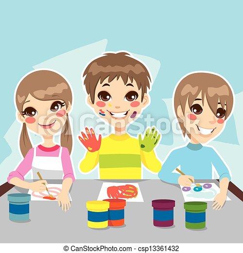 Los niños pintan diversión - csp13361432