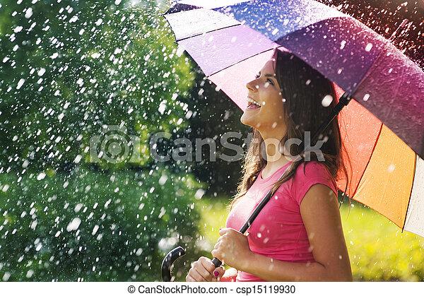 diversión, verano, mucho, tan, lluvia - csp15119930
