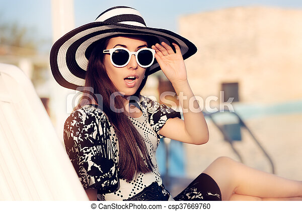 l'ultimo 8fa38 9ba7a divertente, ragazza, occhiali da sole, cappello