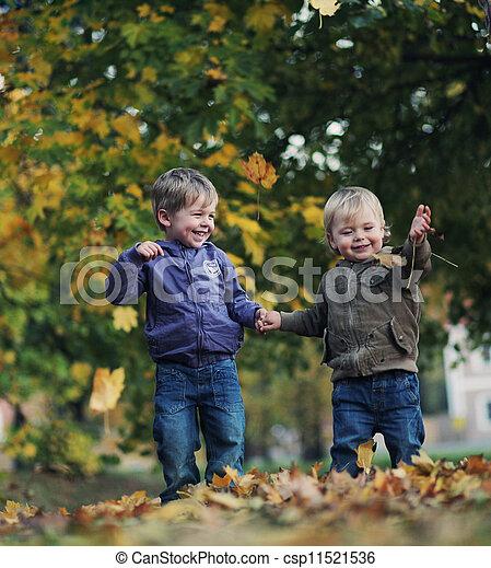 divertimento, outono, grande, parque - csp11521536
