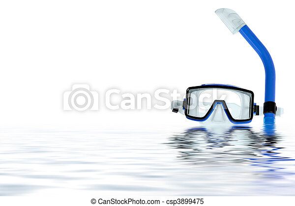 Diving goggles with reflection on the water - csp3899475