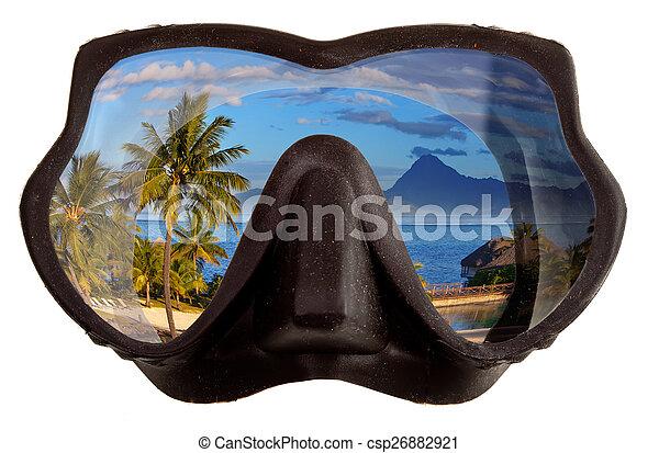 El paisaje tropical se refleja en gafas de máscaras para un buceo (diving) - csp26882921