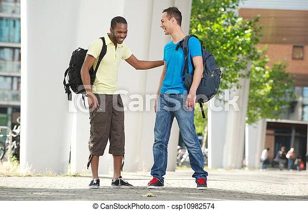dobry, studenci, campus, mówiąc, czas, posiadanie - csp10982574