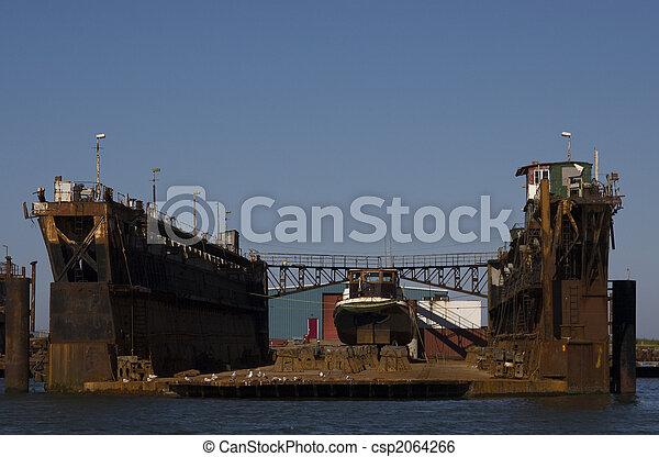 dock - csp2064266