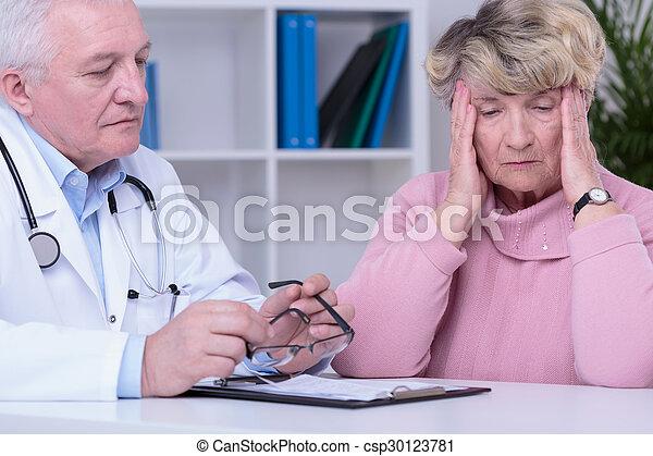docteur, inquiété - csp30123781