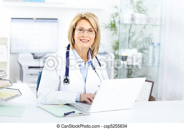 docteur - csp5255634