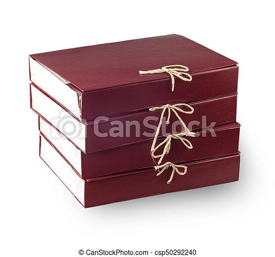 Documentos de papel apilados en archivos aislados en blanco - csp50292240