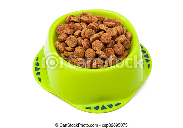 dog food in a bowl - csp32895075