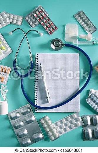 doktor, spiral notesbog, stetoskop, arbejdspladsen, skrivebord - csp6643601