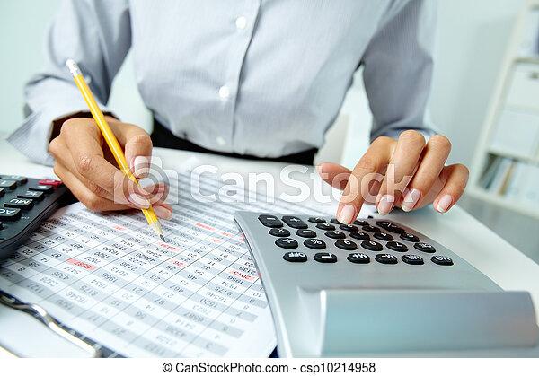 dokumenty, pracujący - csp10214958