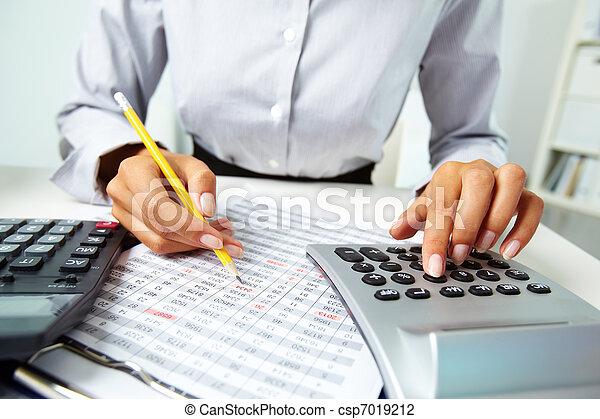 dokumenty, pracujący - csp7019212