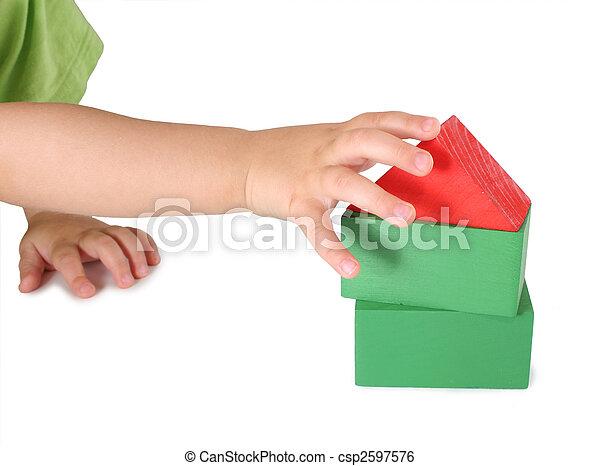 dom, children\'s, zabawka, kostki, ręka - csp2597576