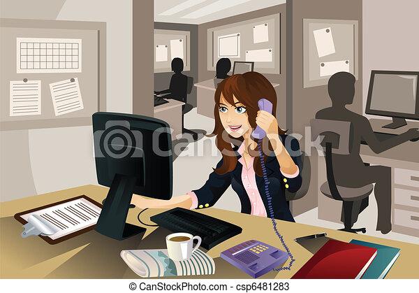 donna d'affari, lavorando ufficio - csp6481283