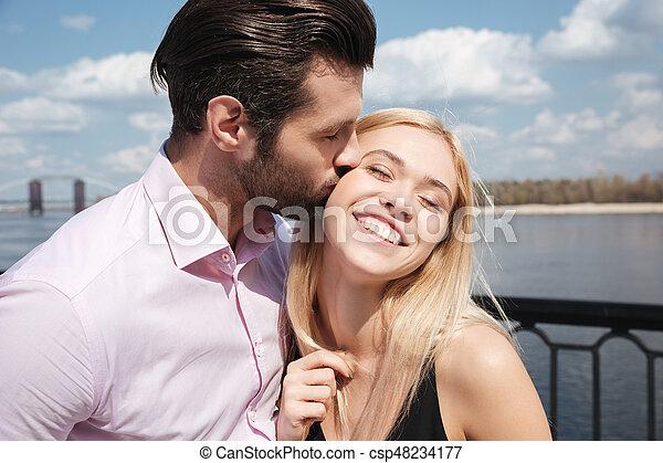Giovane Christian Dating