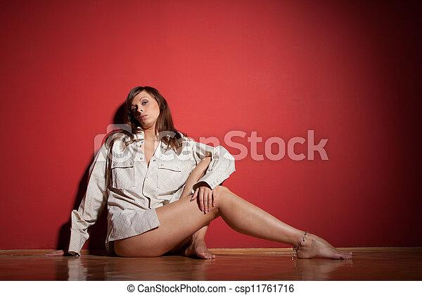 donna, sopra, sofisticato, proposta, fondo, rosso - csp11761716