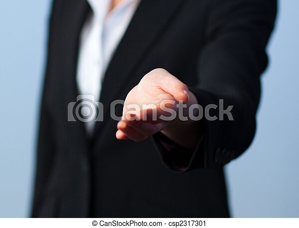 donna, stretta di mano, offerta - csp2317301