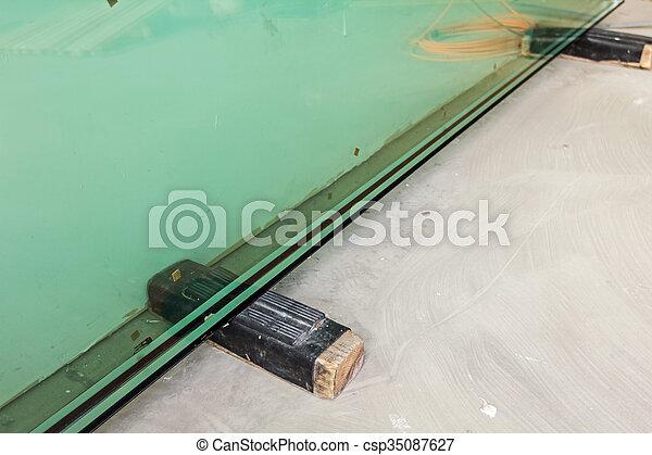 Doppio termico fornendo vetri vetro vetro for Finestre doppio vetro prezzi