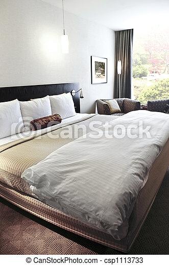 El dormitorio está cómodo - csp1113733