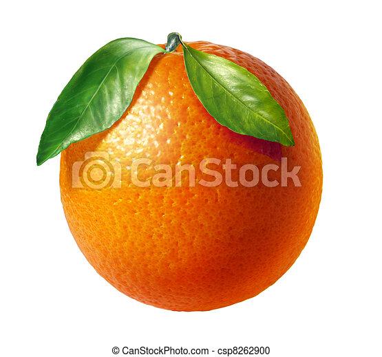 Fruta fresca naranja con dos hojas, de fondo blanco. - csp8262900