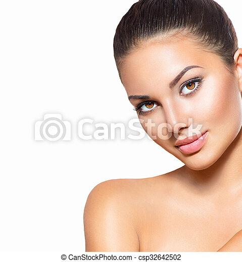 doskonały, kobieta, piękno, portrait., czysty, skóra, zdrój, wzór, dziewczyna - csp32642502