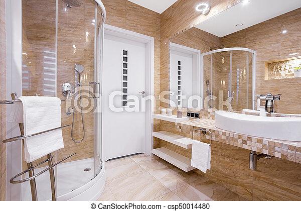 Douche, badkamer, beige. Badkamer, zandsteen, tegels, zich ...