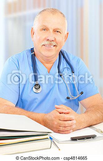 doutor - csp4814665