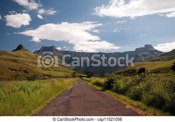 Drakensberg mountains in South A... - csp11521056