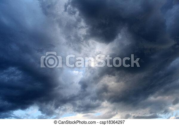 dramático, nuvens - csp18364297